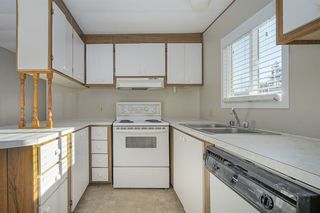 """Photo 7: 46 31313 LIVINGSTONE Avenue in Abbotsford: Abbotsford West Manufactured Home for sale in """"Paradise Mobile Home Park"""" : MLS®# R2337850"""
