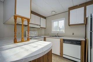 """Photo 9: 46 31313 LIVINGSTONE Avenue in Abbotsford: Abbotsford West Manufactured Home for sale in """"Paradise Mobile Home Park"""" : MLS®# R2337850"""
