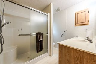 "Photo 13: 30 1840 160 Street in Surrey: King George Corridor Manufactured Home for sale in ""Breakaway Bays"" (South Surrey White Rock)  : MLS®# R2339199"
