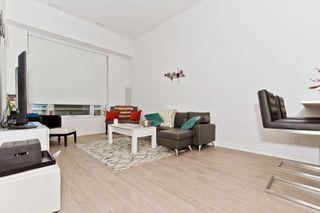 Photo 2: 302 88 Scott Street in Toronto: Church-Yonge Corridor Condo for sale (Toronto C08)  : MLS®# C4361815