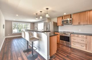 "Main Photo: 31 2035 MARTENS Street in Abbotsford: Poplar Manufactured Home for sale in ""Maplewood Estates"" : MLS®# R2344599"