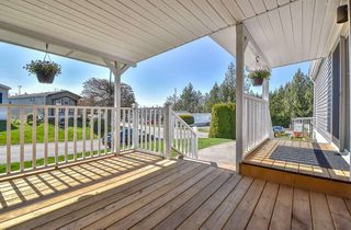 """Photo 19: 31 2035 MARTENS Street in Abbotsford: Poplar Manufactured Home for sale in """"Maplewood Estates"""" : MLS®# R2344599"""