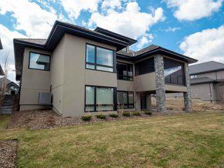 Photo 2: 2789 WHEATON Drive in Edmonton: Zone 56 House for sale : MLS®# E4149203