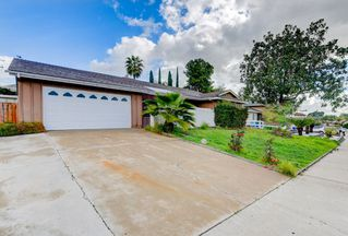Main Photo: SAN CARLOS House for sale : 4 bedrooms : 6922 Everglades in San Diego
