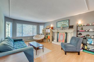 """Photo 6: 3168 VANNESS Avenue in Vancouver: Collingwood VE House for sale in """"Collingwood area"""" (Vancouver East)  : MLS®# R2359383"""