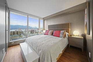 """Photo 13: PH3 188 KEEFER Street in Vancouver: Downtown VE Condo for sale in """"188 Keefer"""" (Vancouver East)  : MLS®# R2359448"""