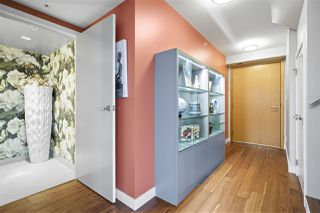 """Photo 2: PH3 188 KEEFER Street in Vancouver: Downtown VE Condo for sale in """"188 Keefer"""" (Vancouver East)  : MLS®# R2359448"""