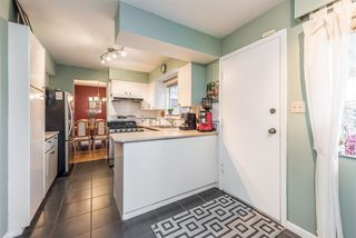 Photo 4: 1184 GLENAYRE Drive in Port Moody: College Park PM House for sale : MLS®# R2359619