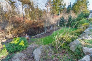 Photo 40: 704 Brookridge Pl in VICTORIA: SW Northridge House for sale (Saanich West)  : MLS®# 811584