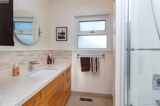 Photo 17: 704 Brookridge Place in VICTORIA: SW Northridge Single Family Detached for sale (Saanich West)  : MLS®# 408356