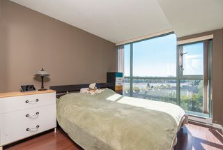 Photo 7: 802 2763 CHANDLERY Place in Vancouver: Fraserview VE Condo for sale (Vancouver East)  : MLS®# R2367614