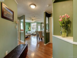 Photo 21: 209 400 Dupplin Road in VICTORIA: SW Rudd Park Condo Apartment for sale (Saanich West)  : MLS®# 410710