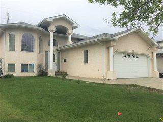 Photo 1: 7915 164 Avenue in Edmonton: Zone 28 House for sale : MLS®# E4161736