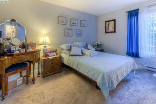 Photo 14: 309 490 Marsett Place in VICTORIA: SW Royal Oak Condo Apartment for sale (Saanich West)  : MLS®# 414478