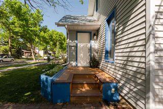 Photo 3: 9812 73 Avenue NW in Edmonton: Zone 17 House for sale : MLS®# E4177086