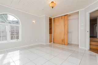 Photo 10: 9812 73 Avenue NW in Edmonton: Zone 17 House for sale : MLS®# E4177086
