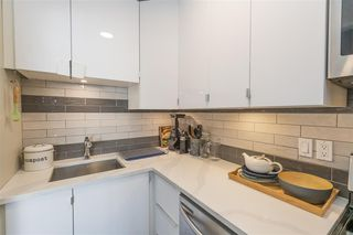 "Photo 5: 203 2255 W 5TH Avenue in Vancouver: Kitsilano Condo for sale in ""VILLA FIORITA"" (Vancouver West)  : MLS®# R2435846"