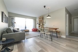 "Photo 2: 203 2255 W 5TH Avenue in Vancouver: Kitsilano Condo for sale in ""VILLA FIORITA"" (Vancouver West)  : MLS®# R2435846"