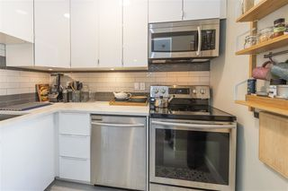 "Photo 6: 203 2255 W 5TH Avenue in Vancouver: Kitsilano Condo for sale in ""VILLA FIORITA"" (Vancouver West)  : MLS®# R2435846"