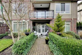 Photo 2: 202 15368 17A AVENUE in Surrey: King George Corridor Condo for sale (South Surrey White Rock)  : MLS®# R2151700