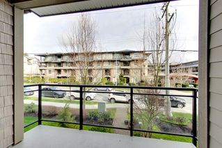 Photo 5: 202 15368 17A AVENUE in Surrey: King George Corridor Condo for sale (South Surrey White Rock)  : MLS®# R2151700
