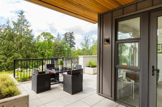 """Main Photo: TH 111 707 E 3RD Street in North Vancouver: Lower Lonsdale Townhouse for sale in """"Green on Queensbury"""" : MLS®# R2456738"""