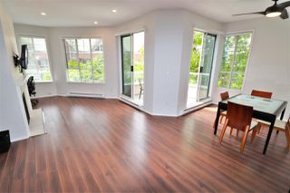 """Photo 2: 426 1150 QUAYSIDE Drive in New Westminster: Quay Condo for sale in """"WESTPORT"""" : MLS®# R2464608"""