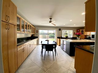 Photo 6: LA JOLLA House for rent : 7 bedrooms : 8685 Nottingham Pl.