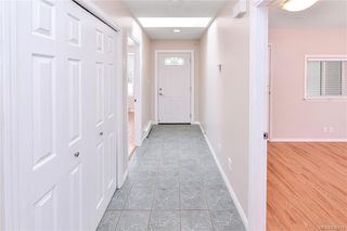 Photo 7: 9448 Maryland Dr in Sidney: Si Sidney South-East Half Duplex for sale : MLS®# 836414