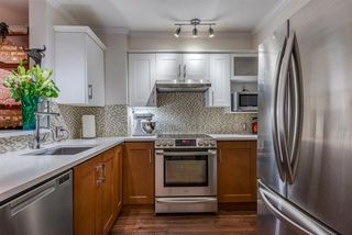 Photo 12: 111 155 E 3RD STREET in North Vancouver: Lower Lonsdale Condo for sale : MLS®# R2474970