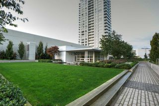"Photo 2: 3001 570 EMERSON Street in Coquitlam: Coquitlam West Condo for sale in ""UPTOWN 2"" : MLS®# R2510578"
