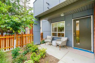"""Photo 23: 45 1670 160 Street in Surrey: King George Corridor Townhouse for sale in """"Isola"""" (South Surrey White Rock)  : MLS®# R2512475"""