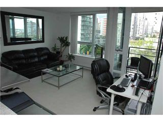"Photo 2: 707 1438 RICHARDS Street in Vancouver: VVWYA Condo for sale in ""AZURA"" (Vancouver West)  : MLS®# V893659"