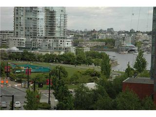 "Photo 5: 707 1438 RICHARDS Street in Vancouver: VVWYA Condo for sale in ""AZURA"" (Vancouver West)  : MLS®# V893659"