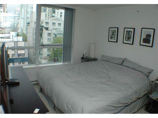 "Photo 4: 707 1438 RICHARDS Street in Vancouver: VVWYA Condo for sale in ""AZURA"" (Vancouver West)  : MLS®# V893659"