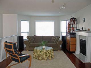 Photo 2: 861 Regent Cres in Kamloops: Condo for sale : MLS®# 108418