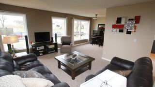 Photo 4: 1234 Devonshire Drive W in Winnipeg: Transcona Residential for sale (North East Winnipeg)  : MLS®# 1209108