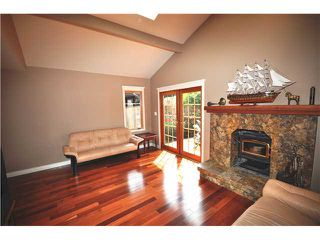 Photo 6: 1976 GARDEN AV in North Vancouver: Pemberton NV House for sale : MLS®# V1011985