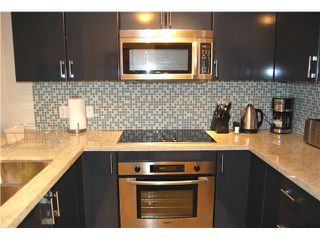 """Photo 2: 1602 1188 W PENDER Street in Vancouver: Coal Harbour Condo for sale in """"THE SAPPHIRE"""" (Vancouver West)  : MLS®# V1035875"""