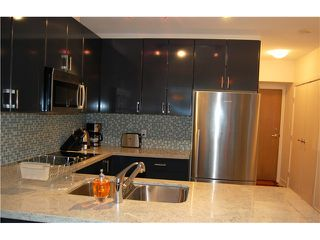 """Photo 3: 1602 1188 W PENDER Street in Vancouver: Coal Harbour Condo for sale in """"THE SAPPHIRE"""" (Vancouver West)  : MLS®# V1035875"""