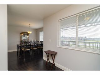 """Photo 9: 2 18181 68TH Avenue in Surrey: Cloverdale BC Townhouse for sale in """"MAGNOLIA"""" (Cloverdale)  : MLS®# F1405291"""