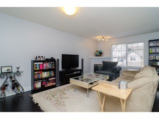 """Photo 5: 2 18181 68TH Avenue in Surrey: Cloverdale BC Townhouse for sale in """"MAGNOLIA"""" (Cloverdale)  : MLS®# F1405291"""