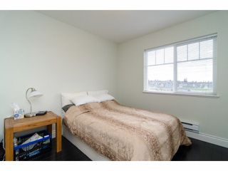 """Photo 16: 2 18181 68TH Avenue in Surrey: Cloverdale BC Townhouse for sale in """"MAGNOLIA"""" (Cloverdale)  : MLS®# F1405291"""