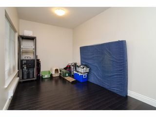 """Photo 18: 2 18181 68TH Avenue in Surrey: Cloverdale BC Townhouse for sale in """"MAGNOLIA"""" (Cloverdale)  : MLS®# F1405291"""
