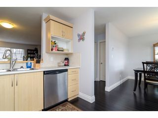 """Photo 8: 2 18181 68TH Avenue in Surrey: Cloverdale BC Townhouse for sale in """"MAGNOLIA"""" (Cloverdale)  : MLS®# F1405291"""