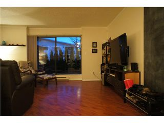 Photo 4: 962 HOWIE Avenue in Coquitlam: Central Coquitlam Townhouse for sale : MLS®# V1053138