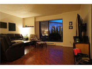 Photo 5: 962 HOWIE Avenue in Coquitlam: Central Coquitlam Townhouse for sale : MLS®# V1053138