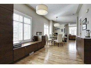 Photo 3: 105 SIERRA MORENA Landing SW in CALGARY: Richmond Hill Townhouse for sale (Calgary)  : MLS®# C3608171