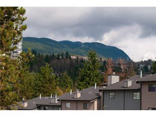 Photo 9: 214 BALMORAL Place in Port Moody: North Shore Pt Moody Townhouse for sale : MLS®# V1056784