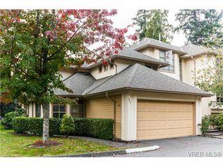Photo 1: 301 510 Marsett Pl in VICTORIA: SW Royal Oak Row/Townhouse for sale (Saanich West)  : MLS®# 684520
